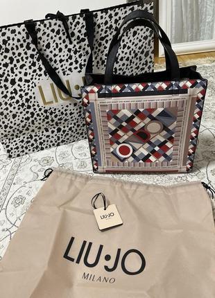 Очень вместительная сумка liu jo