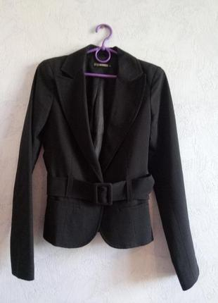 Классический пиджак цвета асфальт