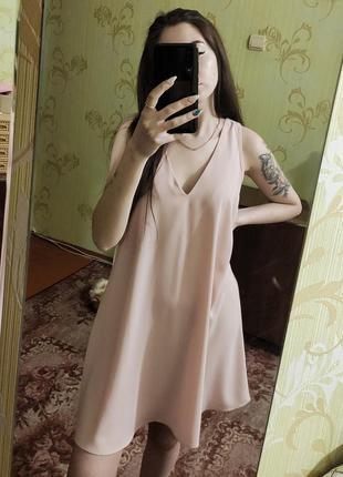 Пудровое платье в бельевой стиле1 фото