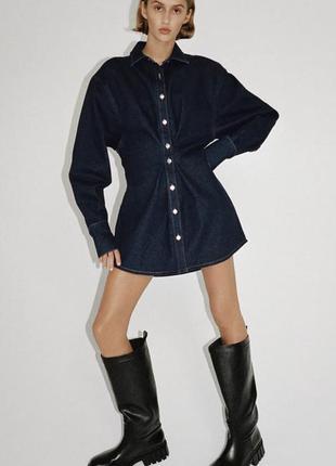 Очень стильное джинсовое мини платье с объемными рукавами