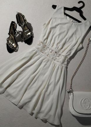 Красивое лёгкое платье размер м