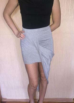 Оригинальная ассиметричная серая миди короткая юбка. размер s/m/l. missguided. англия
