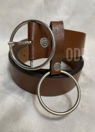 Ремень кожаный с кольцом коричневый