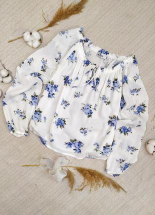 Нарядная блуза топ нежная блуза с голубыми цветами