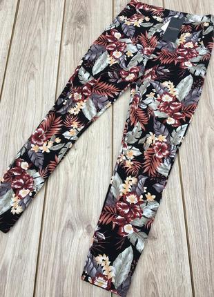 Стильные актуальные штаны брюки maison scotch & soda цветочный принт тропики tropic тренд