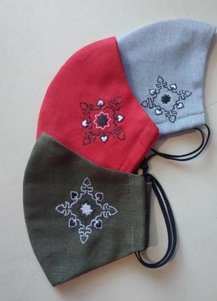 Льняная маска с вышивкой