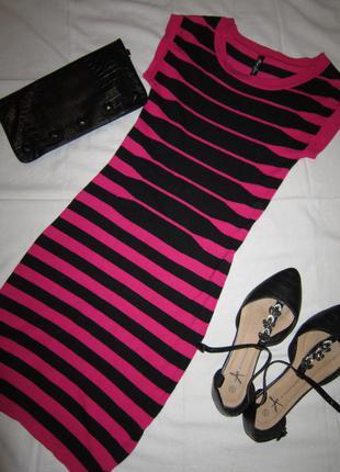 Свитерное платье в полоску от gloria jeans.