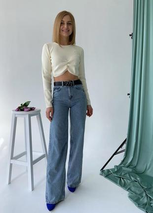 Джинси крутые трендовые широкие на высокой посадке джинсы клеш кроя в пол