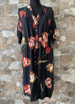 Стильное платье-рубашка в цветочный принт