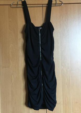Платье миди базовое вечернее h&m/divided на молнии в драпировку