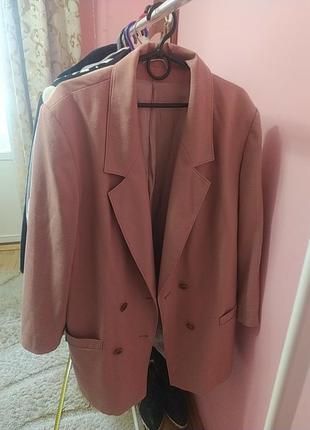 Пиджак, дуже стильний,пудровий, оверсайз1 фото
