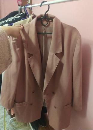 Пиджак, дуже стильний,пудровий, оверсайз2 фото