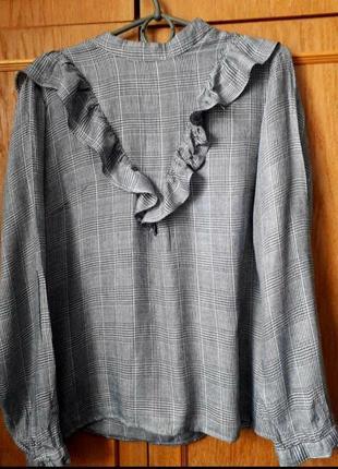 Блуза в клітинку