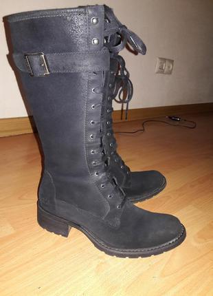 Ботинки высокие, на шнуровке