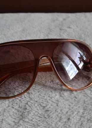 Стильные солнцезащитные очки   h &  m.