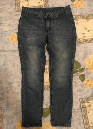 Короткие джинсы c&a
