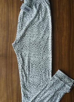 Очень уютные тонкие пижамные штаны, лосины термо серый лопард