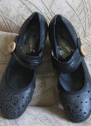 --туфли черные rieker