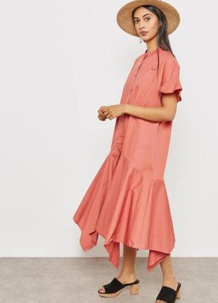 Стильное хлопковое платье mango свободного кроя с ассиметричным низом.