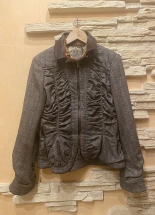 Куртка-пиджак roberto cavalli. оригинал