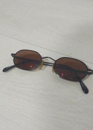 Винтажные солнцезащитные очки темно-бордовые линзы