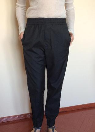 Комфортные классические брюки h&m