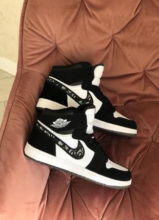 Nike air jordan dior жіночі кросівки