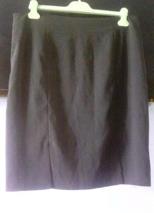 Чёрная юбка-карандаш с двумя шлицами по переду. замеры в описании