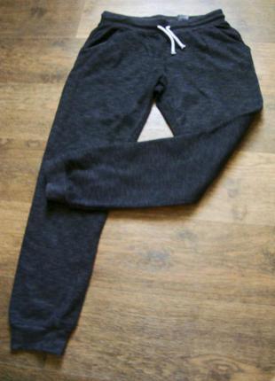 Крутые спортивные штаны от h&m!