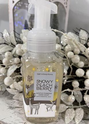 Пенистое мыло для рук bath and body works снежные персик и ягоды