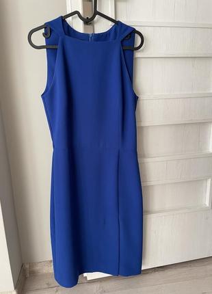 Аквамаринова сукня