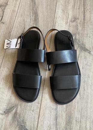 Мужские сандалии зара