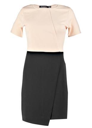 Стильное платье с имитацией запаха фирмы new look