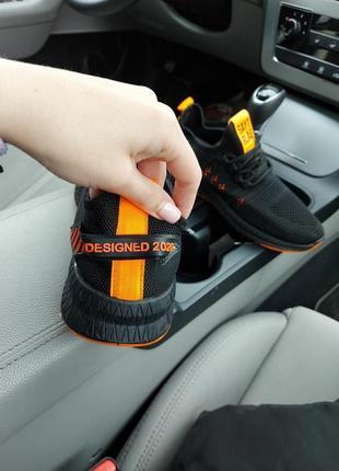 Крутые мужские кроссовки с оранжевыми вставками кеды на весну весенние