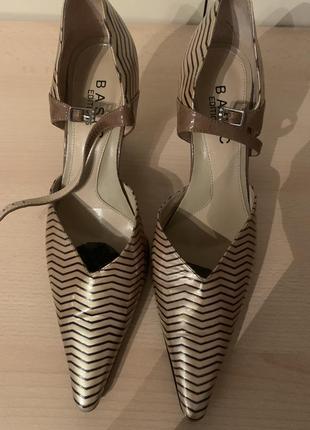 Туфли, босоножки бренд basic editions, оригинал