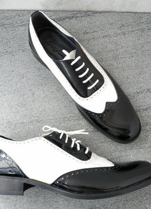 Кожаные стильные, добротные мужские туфли 46 р кожа везде - новые