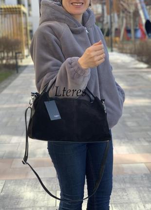 Стильная черная замшевая кожаная женская сумка