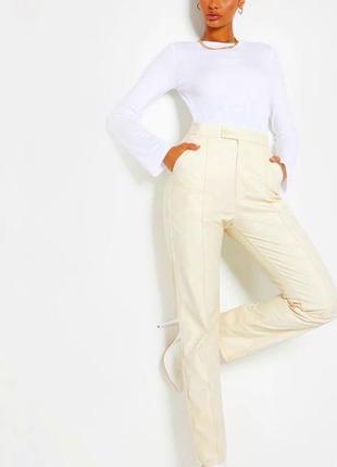 Эко кожа брюки штаны высокая посадка прямые бежевый молочный телесный