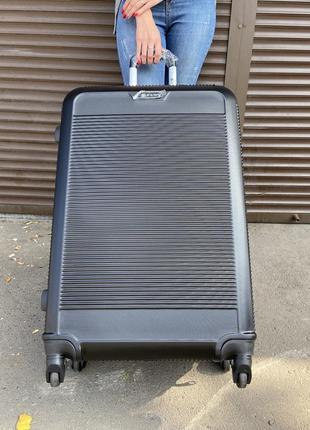 Красивый!чемодан польша на колесах,валіза,сумка на колесах,дорожная сумка !