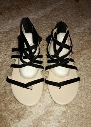 Босоножки туфли шлепанцы сланцы туфли шорты юбка большой размер для полной ноги