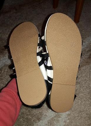 Босоножки туфли шлепанцы сланцы туфли шорты юбка большой размер для полной ноги4 фото
