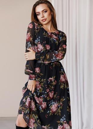 Шифонова сукня з принтом і розкльошеною спідницею чорна