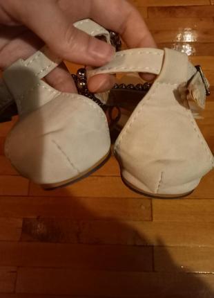 Босоножки молочні вєтнамки сандалі з трояндою3 фото