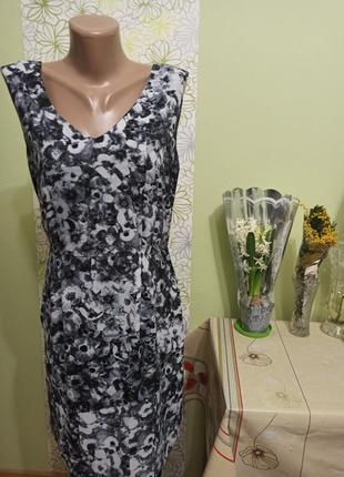 Женское платье сарафан жіноче плаття. сзади на спине змейка