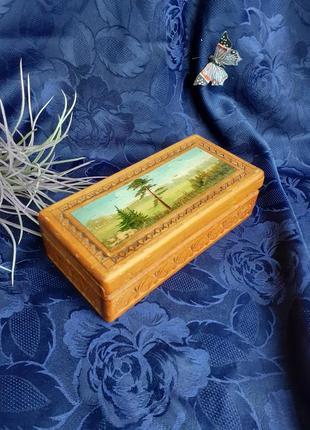 Шкатулка ссср резьба по дереву артель победа вятка художественная роспись советская винтаж