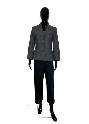 Шикарный твидовый пиджак от люкс бренда