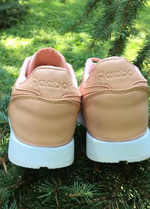 Кроссовки персиковые (пудра, розовые) натуральная кожа в стиле reebok classic2 фото