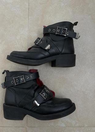 Кожаные ботинки чёрные с набивной шерстью