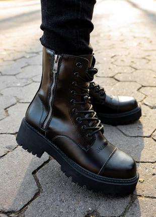 Шикарные женские ботинки наложка