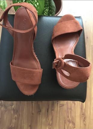 Zara босоножки на каблуке